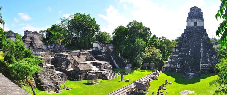 """- مدينة """"تيكال"""" لايفوتك زيارتها عند السفر الى غواتيمالا .."""