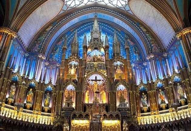 """- كنيسة """"نوتردام"""".. افضل اماكن السياحة في مونتريال .."""