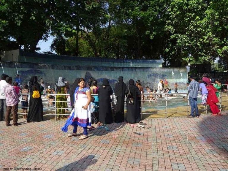 """- لا يفوتك زيارة """"متنزه شانكو المائي""""..عند السفر الى أحمد أباد الهند.."""