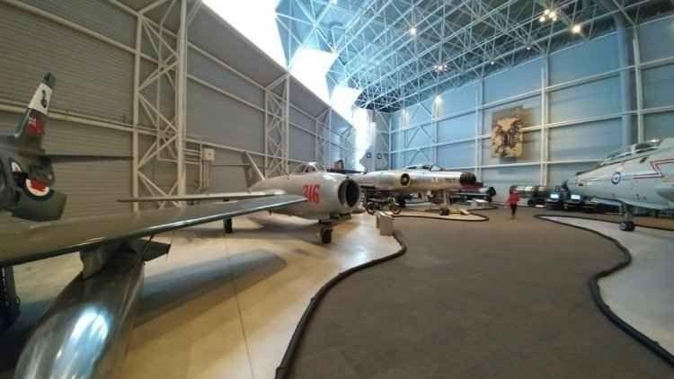 """- """"متحف كندا للطيران """".. واحدا من اهم معالم السياحة في أوتاوا .."""