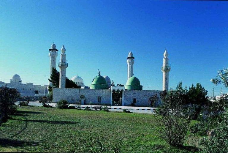 """متحف """"المزار الإسلامى"""".."""