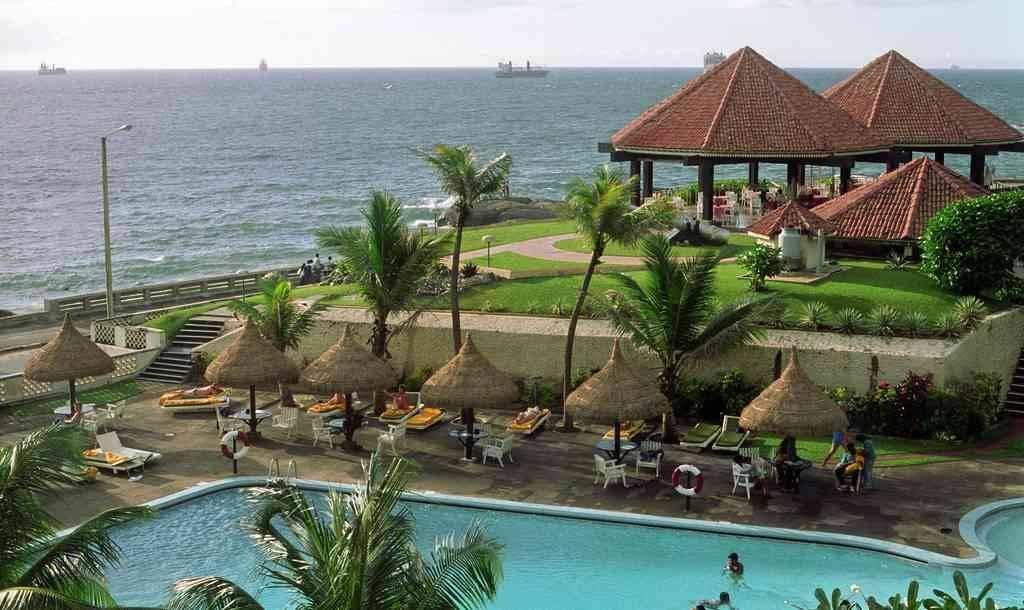 السياحة في نقمبو