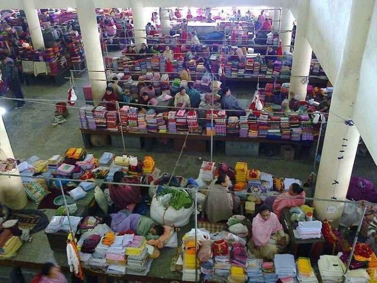 """- سوق """"تشيتشيكاستينانغو"""""""" Chichicastenango Market .."""