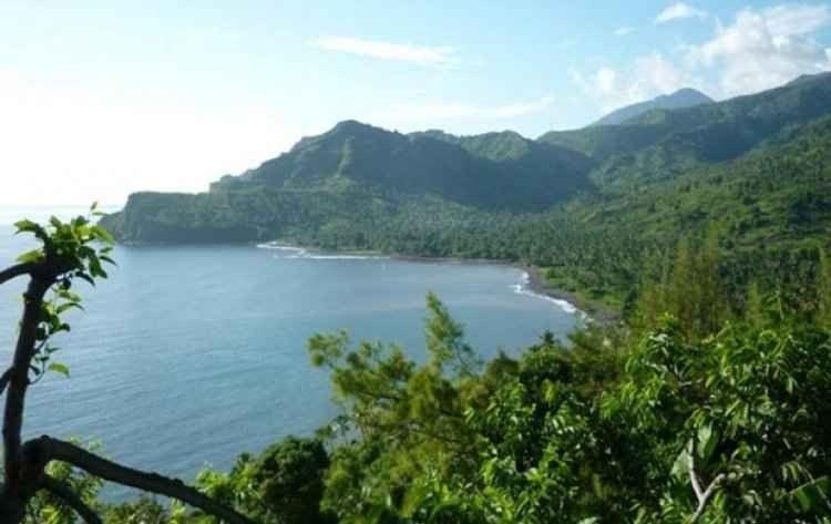 """- جزيرة """"أنجوان"""".. افضل اماكن السياحة في جزر القمر ..."""