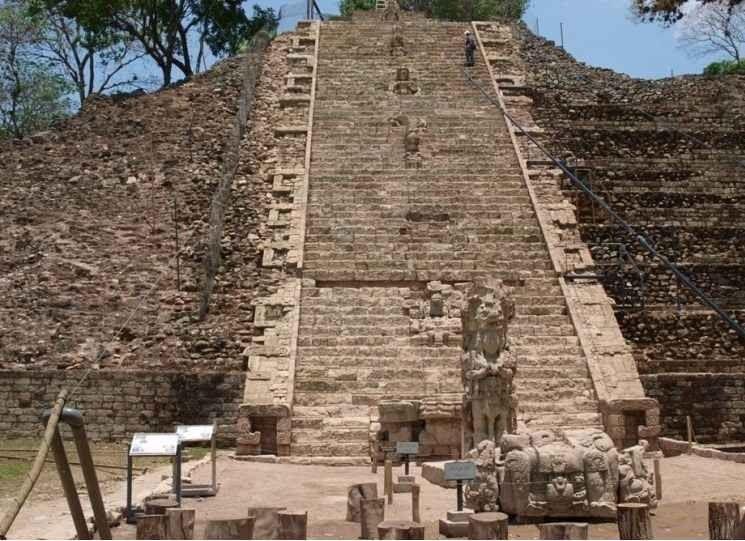 """- موقع """"كوبان الأثري""""Kuban Archaeological Site..واحدا من أهم معالم السياحة في الهندوراس.."""