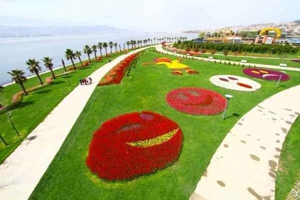 """- حديقة """"سيكا""""...واحدة من أهم معالم السياحة في أزميت..."""