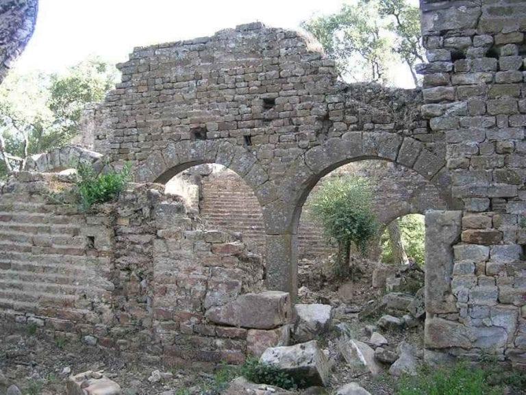 """- قصر """"فاطمة"""" ..واحدا من افضل اماكن السياحة في الطارف.."""