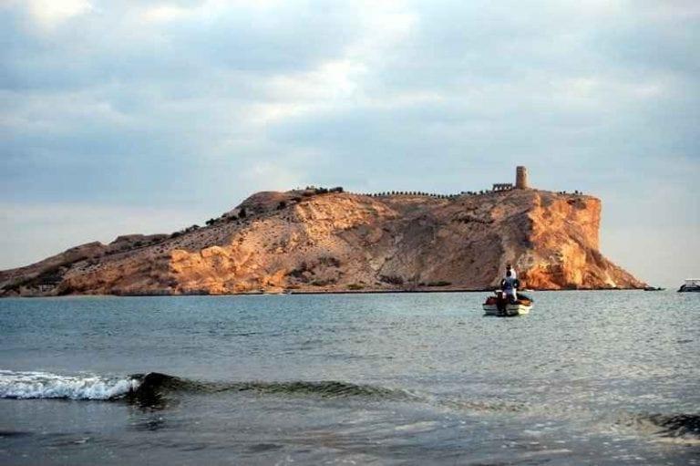 """"""" شاطئ السوادى Al Sawadi Beach """" .. افضل اماكن السياحة في جنوب الباطنة .."""