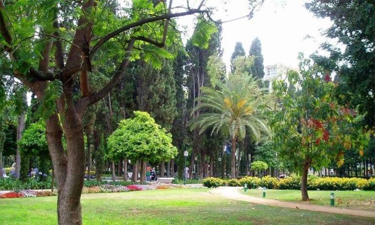 """"""" حديقة ألاميدا ماربيا Alameda Park """" .. افضل اماكن السياحة في ماربيا .."""