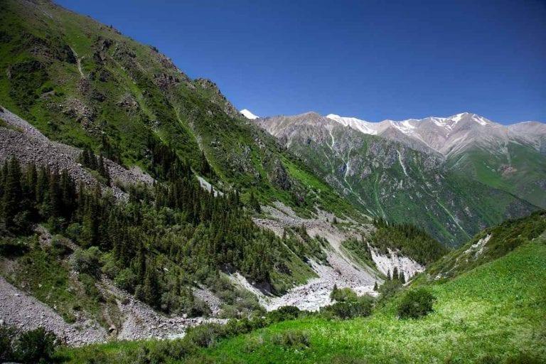 """"""" حديقة ألا أرتشا Ala Archa Park """" .. افضل اماكن السياحة في لقيرغستان .."""