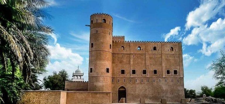 """"""" حصن المنصور Al Mansoor Fort """" .. افضل اماكن السياحة في الرستاق .."""