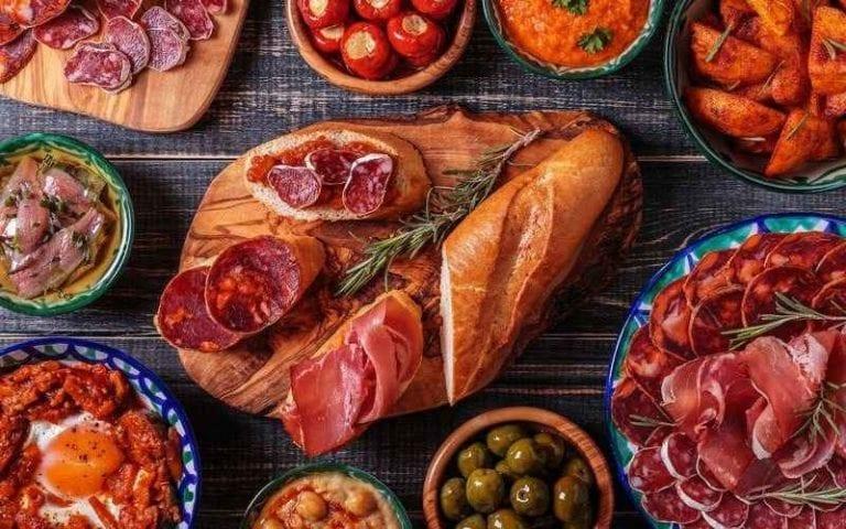 السفر الى مايوركا .. تعرف على أشهى الأكلات وأفضل المطاعم فى مايوركا ..