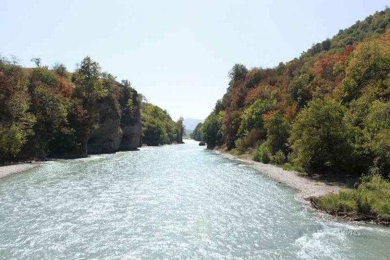"""""""نهر أرغون Aragónriver """" .. افضل معالم السياحة في الشيشان .."""