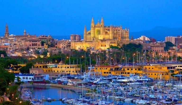 """"""" مدينة بالما Palma de Mallorca """" .. أهم اماكن السياحة في مايوركا .."""