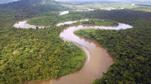 """"""" نهر سيبيك Sepik River """" .. اجمل اماكن السياحة في بابوا غينيا الجديدة .."""