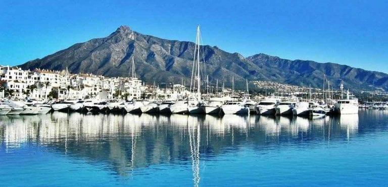 """"""" ميناء بويرتو بانوس Puerto Banús"""" .. اهم معالم السياحة في ماربيا .."""