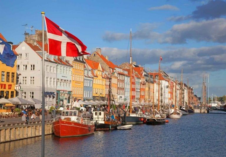 عادات الدنمارك