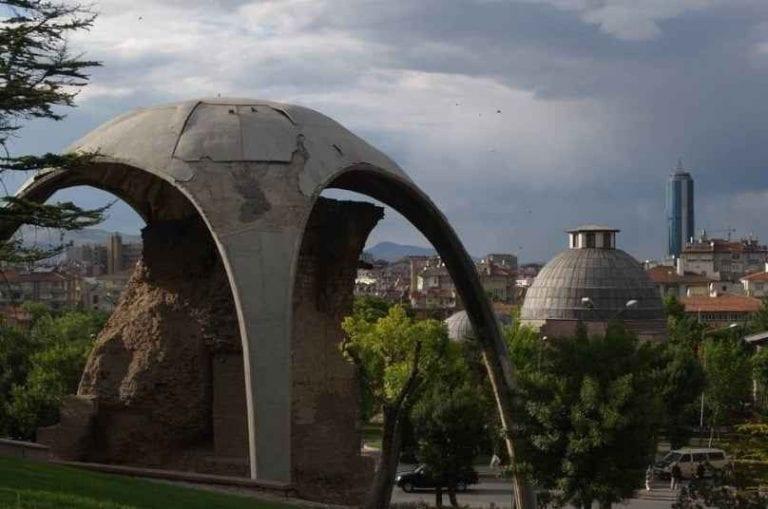 """"""" تل علاء الدينAlaeddinhill """" ..افضل اماكن السياحة في مدينة قونيا .."""