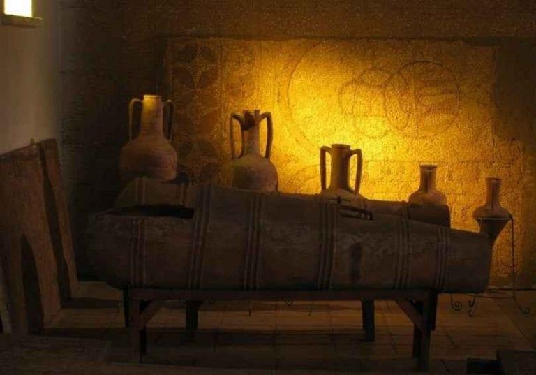 """"""" متحف قونية الأثرى Konya Museum .. افضل اماكن السياحة في مدينة قونيا .."""