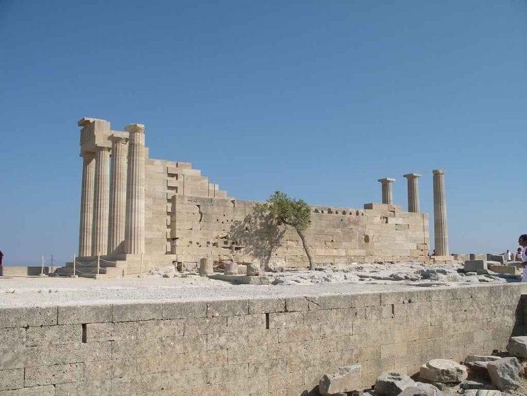 موقع أكروبولس في ليندوس
