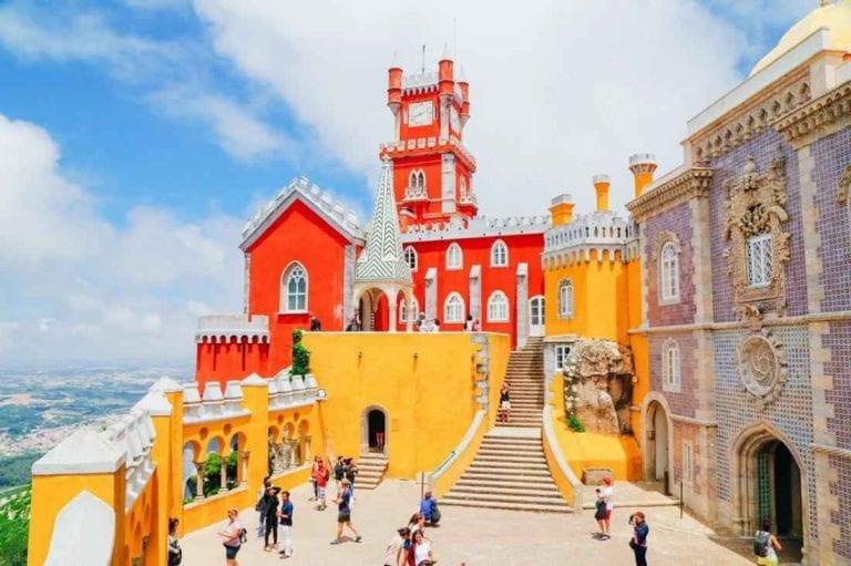 """""""المتاحف""""..واحدة من أهم معالم السياحة في بورتو.."""