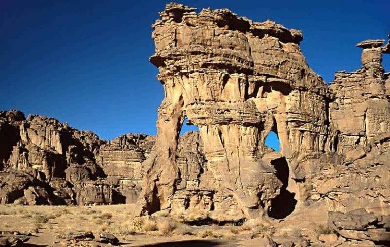 """""""القصور""""..اهم معالم السياحة في مدينة جانت الجزائرية.."""