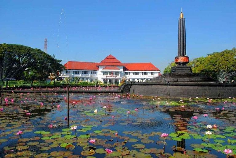 إليك..أجمل أماكن السياحة في مالانغ ...