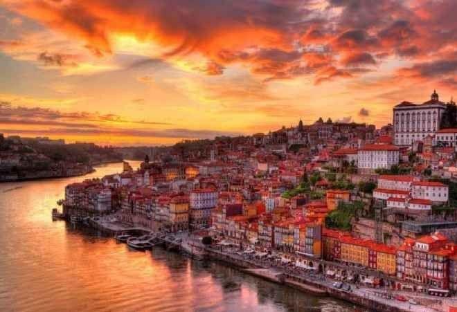 """إليك..أفضل معالم السياحة في بورتو """"مدينة الجمال"""" البرتغالية..."""