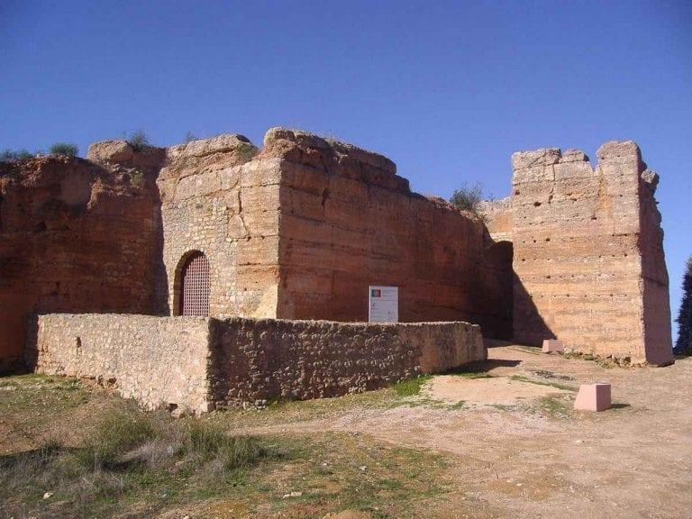 """"""" قلعة باديرن Paderne Castle """" ..الاماكن السياحية في ألبوفيرا البرتغال .."""