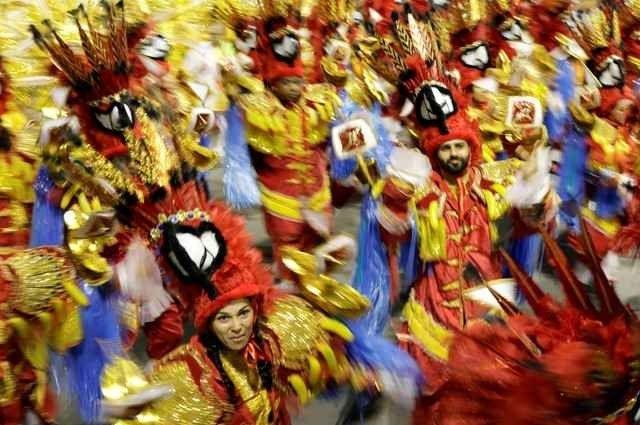 رقصة السامبا .. أهم تقاليد البرازيل ..