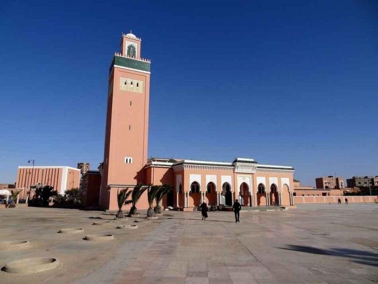 السياحة في مدينة العيون المغربية Laayoune - أهم مناطق الجذب في العيون