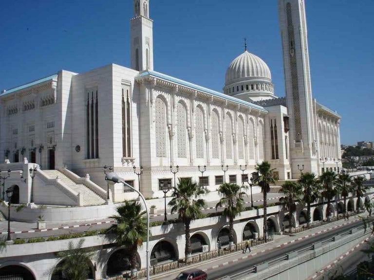 """"""" المساجد القديمة بالمدينةOld mosques """" .. افضل معالم السياحة في قسنطينة .."""