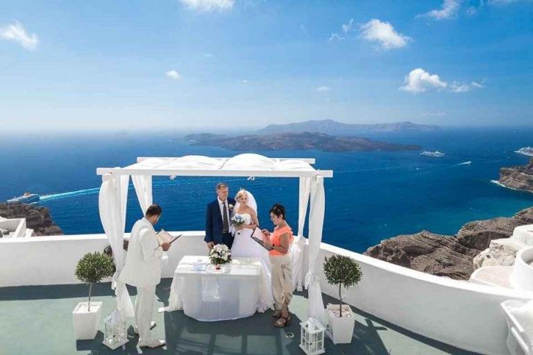 تعرف على أغرب عادات الزواج عند اليونانيين ..