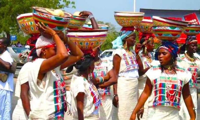 """""""كثرة الإنجاب"""" أبرز عادات وتقاليد النيجر.."""