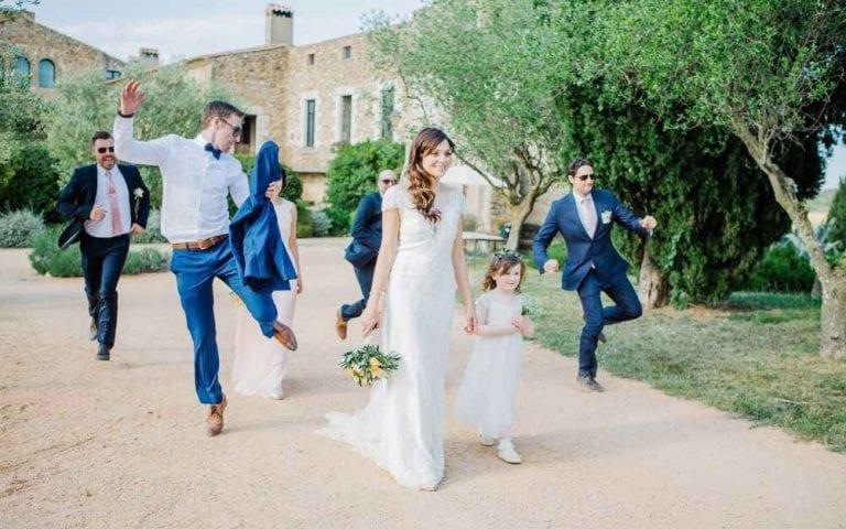 """مواصفات """"فستان الزفاف""""..واحدا من أهم عادات وتقاليد الزواج فى أسبانيا.."""