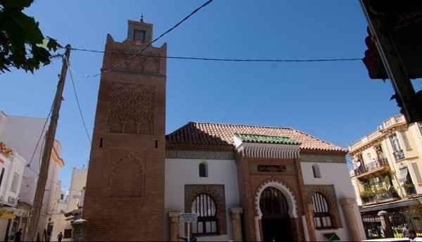 """"""" مسجد سيدى أبو الحسن Sidi Abou El Hassan Mosque """" .. أهم اماكن السياحة في مدينة تلمسان .."""