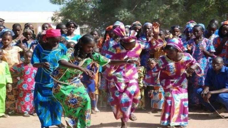 """حفلات """"الطلاق"""" فى موريتانيا..واحدة من أغرب عادات وتقاليد الشعب الموريتانى..."""