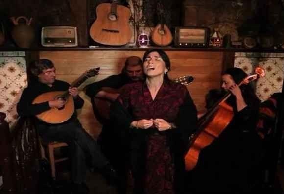 عادات وتقاليد الشعب البرتغالي المرتبطة بموسيقى الفادو ..
