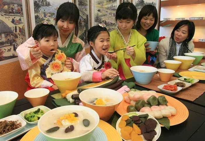 -عادات وتقاليد الطعام فى كوريا الجنوبية..