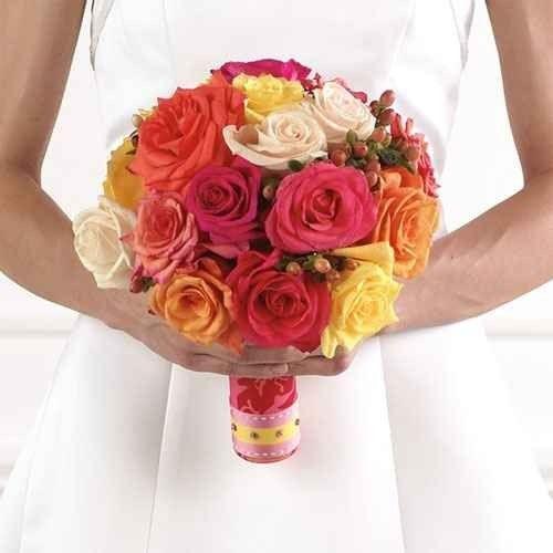 """""""الزهور"""" فى حفلات الزفاف..واحدة من أهم عادات وتقاليد الزواج الأسبانى.."""