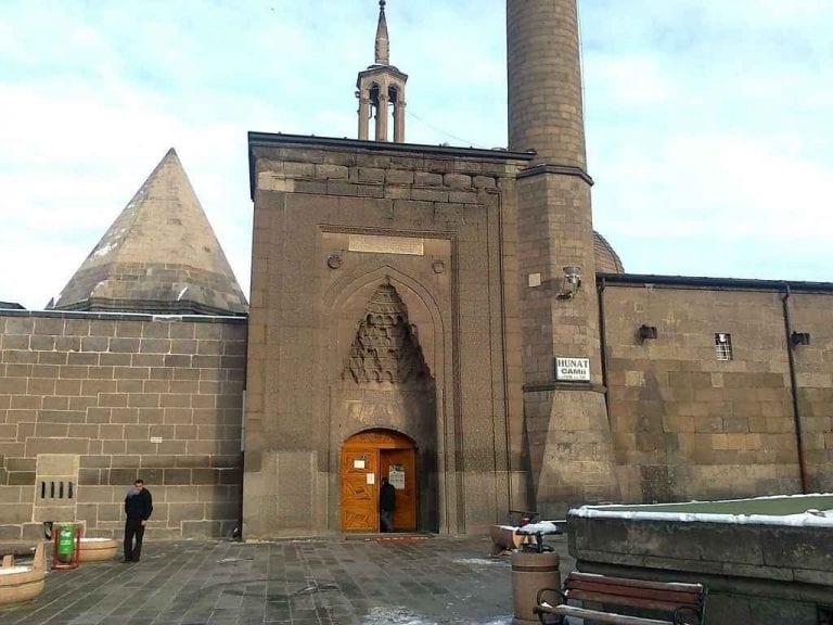 """"""" جامع هانوتHunat Mosque """" .. اهم معالم السياحة في قيصري .."""