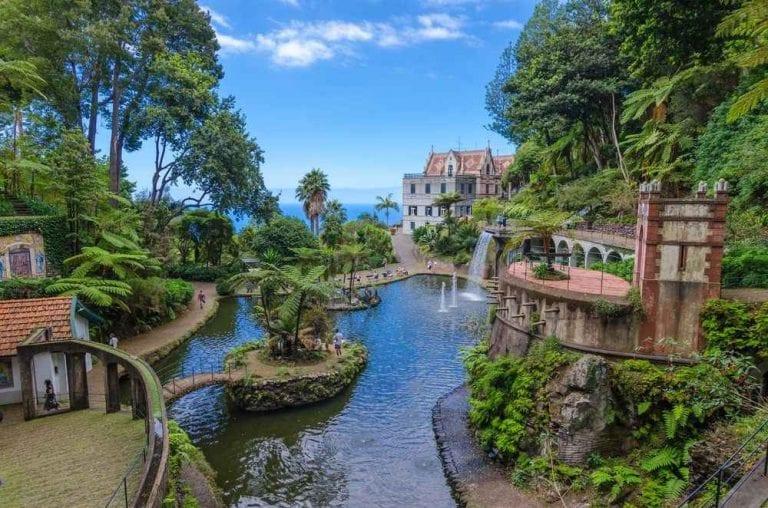 """""""القصور""""..واحدة من أبرز معالم السياحة في بورتو البرتغال.."""