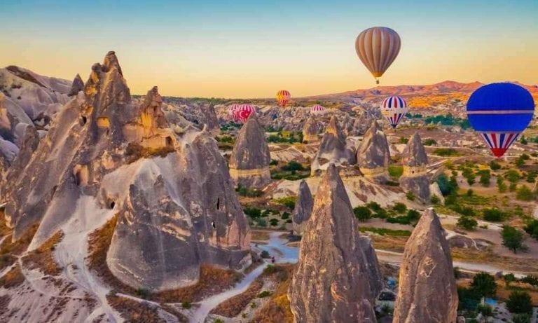 """"""" منطقة كابادوكيا Cappadocia """" .. أهم اماكن السياحة في قيصري .."""