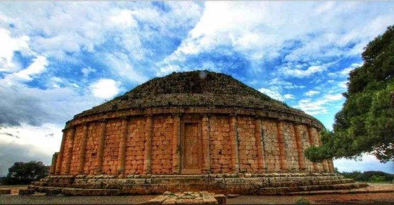 """"""" الضريح الملكى الموريتانىRoyal Mausoleum of Mauretania"""" .. اهم معالم السياحة في مدينة تيبازة .."""