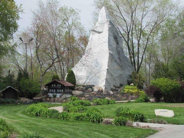 """"""" حدائق السلام Peace Gardens """" .. أهم اماكن السياحة في مدينة شيفيلد .."""