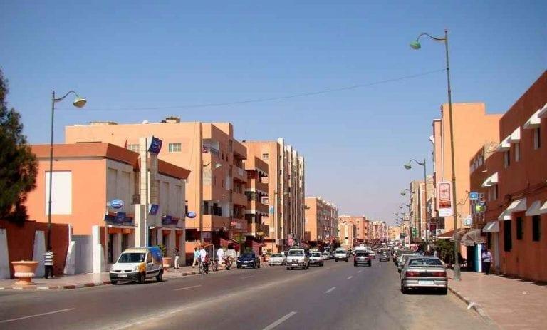 شارع مكة بمدينة العيون - السياحة في مدينة العيون المغربية Laayoune
