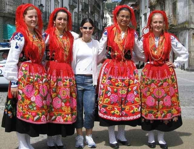 تعرف على عادات وتقاليد البرتغاليين فى الملابس ..