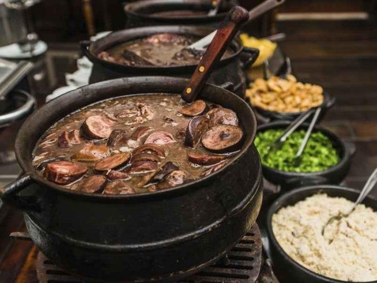تعرف على عادات الطعام عند البرازيليين ..