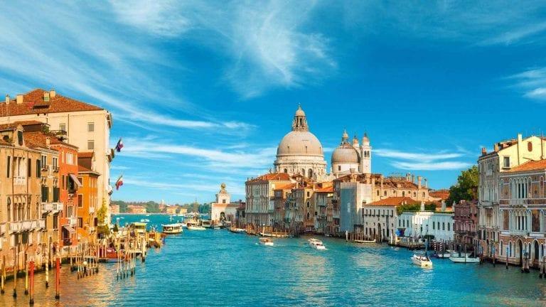 """- اليوم """" الثالث و الرابع """" زيارة مدينة البندقية .."""