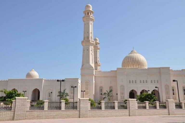"""- اليوم السادس زيارة """" كهف طيق - مسجد السلطان قابوس """" .."""